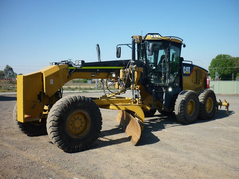 Greder Caterpillar 12M dealer